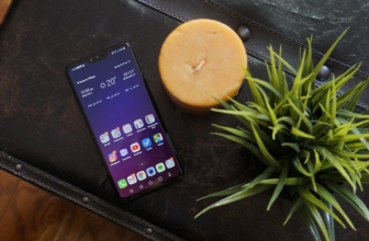 The must-have Accessories for LG V40 ThinQ smartphone